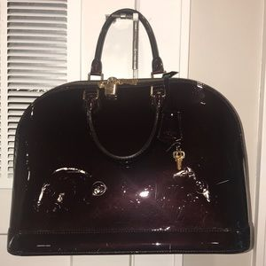 Authentic Louis Vuitton Alma PM Handbag